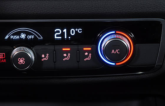 Experienced Technicians for Car Air Conditioning Service
